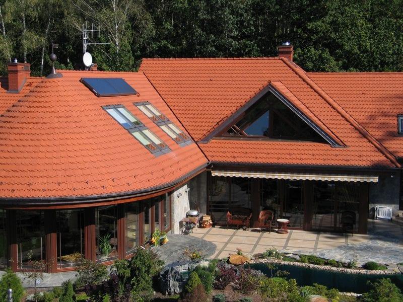 keraminių čerpių stogas